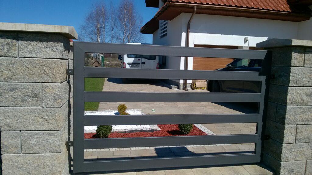 montaż ogrodzenia bramy furtki stalowe Demet świętokrzyskie